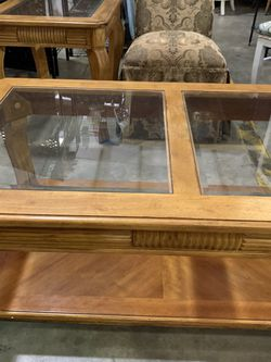 Coffee Table and end Table for Sale in Benson,  NC