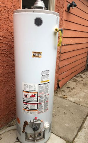 GE Water Heater in Great Condition $200 for Sale in Fresno, CA