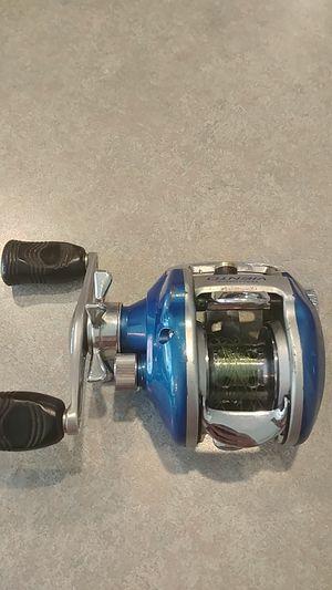 Daiwa Viento baitcasting fishing reel for Sale in Sumner, WA