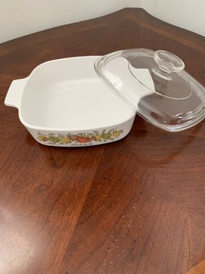 Corning Ware Spice of Life 1 qt with pyrex lid for Sale in St. Louis, MO