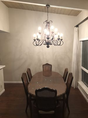 Dining stable set with six chairs for Sale in San Lorenzo, CA