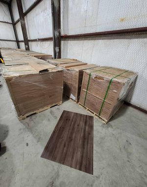 Luxury vinyl flooring!!! Only .65 cents a sq ft!! Liquidation close out! Z7U3 for Sale in Round Rock, TX