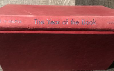Used Hardcover Book 2012 : The Year Of The Book by Andrea Cheng (D) for Sale in Pinellas Park,  FL