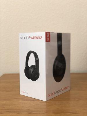 Beats headphones (Studio wireless 3 newest model) Retail price $350 for Sale in Rancho Cordova, CA