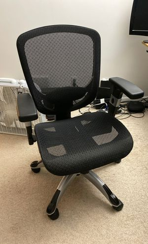 Staples Hyken Office Chair for Sale in Los Angeles, CA