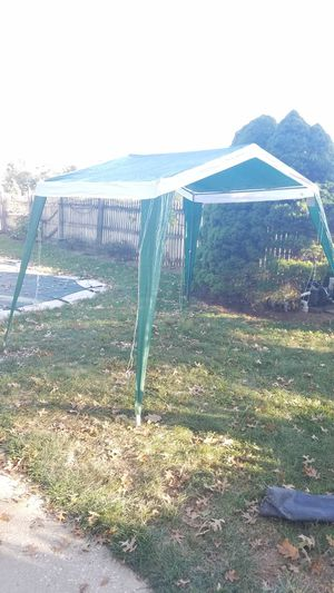 Awning cover tent self standing for Sale in Harrisburg, PA