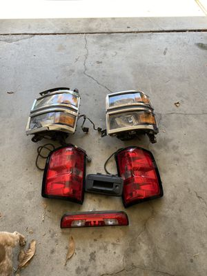 2015 silverado headlight,taillights,thirdlight and handle tail with camera for Sale in Fairfield, CA