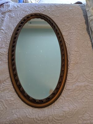 Oval wall mirror for Sale in Claremont, CA