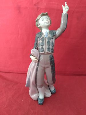 "LLADRO #5116 ""YOUNG MATADOR"" BOY BULLFIGHTER RETIRED 1985 FINE PORCELAIN FIGURINE 10-1/2"" TALL W/ ORIG BOX for Sale in Pompano Beach, FL"