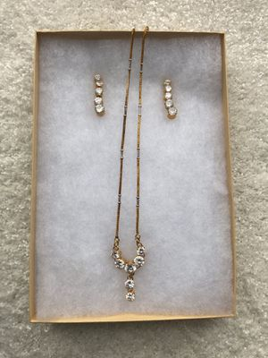 Stunning crystal jewelry set for Sale in Clarksburg, MD