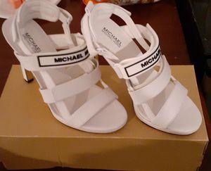MK HEELS size 5 for Sale in Fresno, CA