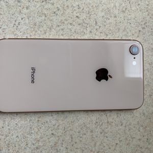 iPhone 8 for Sale in Braddock, PA