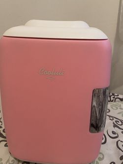 Retro Mini Fridge in Pink without Freezer for Sale in Alameda,  CA
