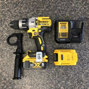 "Dewalt DCD996, Cordless 1/2"" Hammer Drill 20v, with 2-Batteries 20v 5ah, Charger and Case 89647-2 for Sale in Tampa, FL"