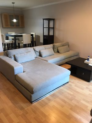 Modern sectional couch in nice condition, light gray color for Sale in Concord, CA