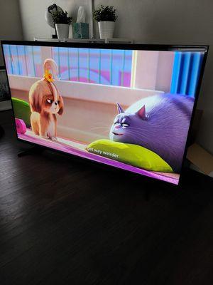 65 inch Samsung smart TV for Sale in Dallas, TX