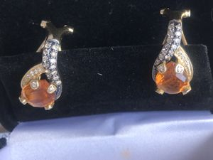 14kt Levian Citrine and diamond earrings for Sale in Aurora, CO