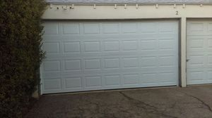 Garage door repair for Sale in Palmdale, CA