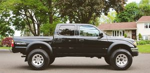 clean title O3 Toyota Tacoma for Sale in Oakland, CA