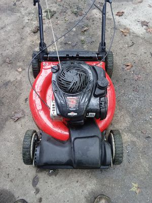 Self propelled lawn mower for Sale in Humble, TX