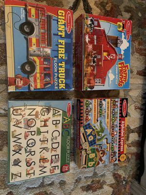 Large Floor Puzzles, standard kid puzzles and a few games for Sale in Waxahachie, TX