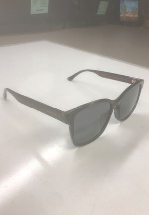 Gucci Sunglasses🕶Brand New (never worn) for Sale in Guadalupe, AZ