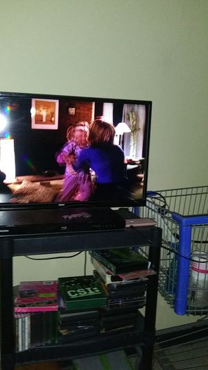 32 inch rca tv with remote. And DVD with remote go to have to go today soon for Sale in Watertown, NY