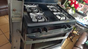 You need a stove let me no right now everything work fine for Sale in Los Angeles, CA