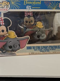 Dumbo The Flying Elephant Attraction And Minnie Mouse Funko Pop for Sale in Hacienda Heights,  CA