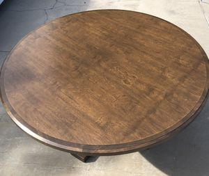 5 foot round kitchen table for Sale in La Verne, CA