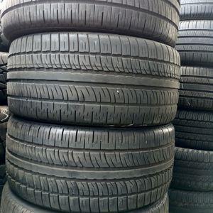 Tengo Un Set De Llantas 285 35 22 Pirelli for Sale in Lakewood, CA