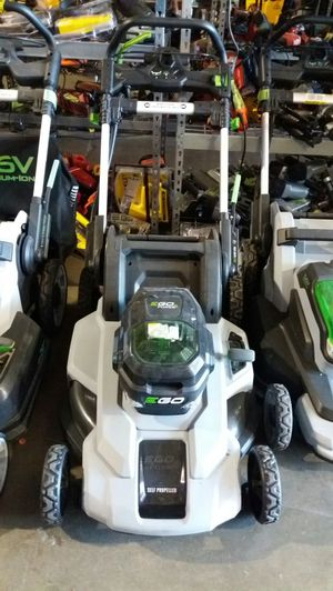 Ego 21 inch 56 volt lithium-ion cordless self-propelled lawn mower for Sale in Phoenix, AZ