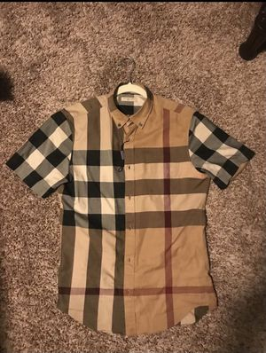 Burberry shirt for Sale in West Covina, CA