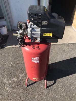 22 gal air compressor for Sale in Garden Grove, CA