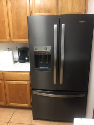 Newer French Door Whirlpool priced to sell! for Sale in Vallejo, CA