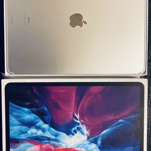 iPad Pro 12.9 Wifi Cellular + Keyboard , Screen Protector, Clear Case for Sale in Austin, TX