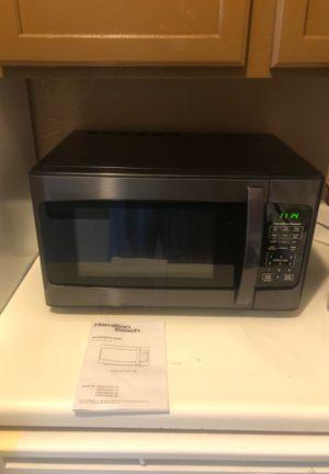 Hamilton Beach 1000 Watt microwave for Sale in Oklahoma City, OK