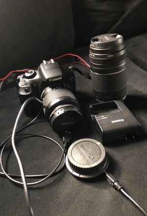 Cannon camera with all the lens and bag for Sale in Williamsport, PA