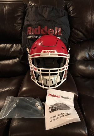 Riddell speed flex helmet. Was only used for half a season basically brand new. Comes with the pump and bag for Sale in Boston, MA