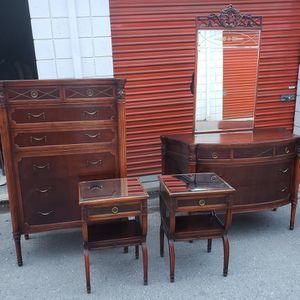 1800s 5 Piece Monumental Antique Mahogany Burlwood Bedroom Set for Sale in Germantown, MD