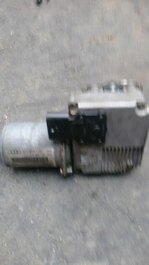 Audi a5 windshield wiper motor for Sale in Woodbury, NJ