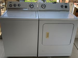 Washer and gas dryer for Sale in Bakersfield, CA