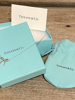 Tiffany Bow Necklace for Sale in Puyallup,  WA