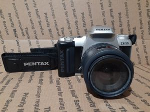 VINTAGE Pentax SLR ZX-50 Camera W/ 1:4-5.6 35-80 mm Lens for Sale in Bethany, CT