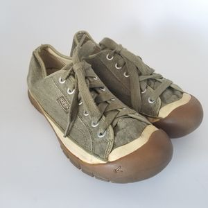 Keen Men's Canvas Vulcanized Lace Up Shoes Size 10.5. A15 for Sale in Waxahachie, TX