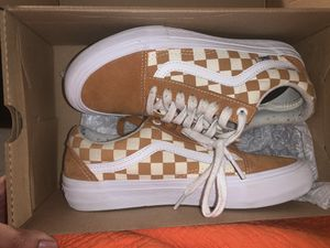 Checkered board vans 6.5mens for Sale in Maywood, IL