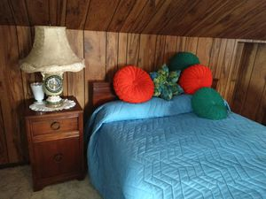 4 piece Bedroom Set for Sale in Masontown, PA