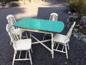 Dining Table- Vintage for Sale in Camano, WA