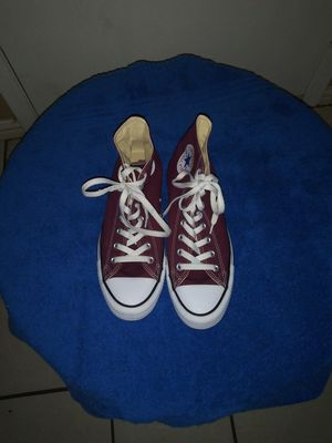 Converse all star men tennis shoes size 8 for Sale in Carrollton, TX