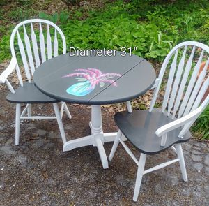 Lilacs Table/Chair Set for Sale in Carol Stream, IL